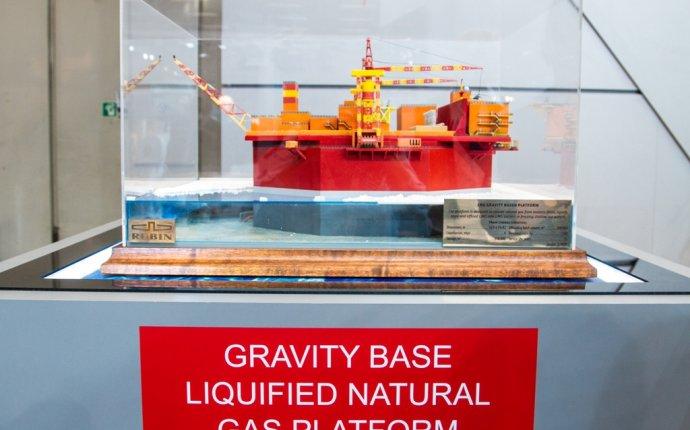 SMM-2016: ЦКБ МТ Рубин разработало гравитационную платформу СПГ