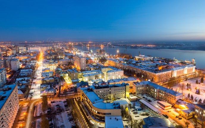 Завод «Севмаш» и город Архангельск | фото